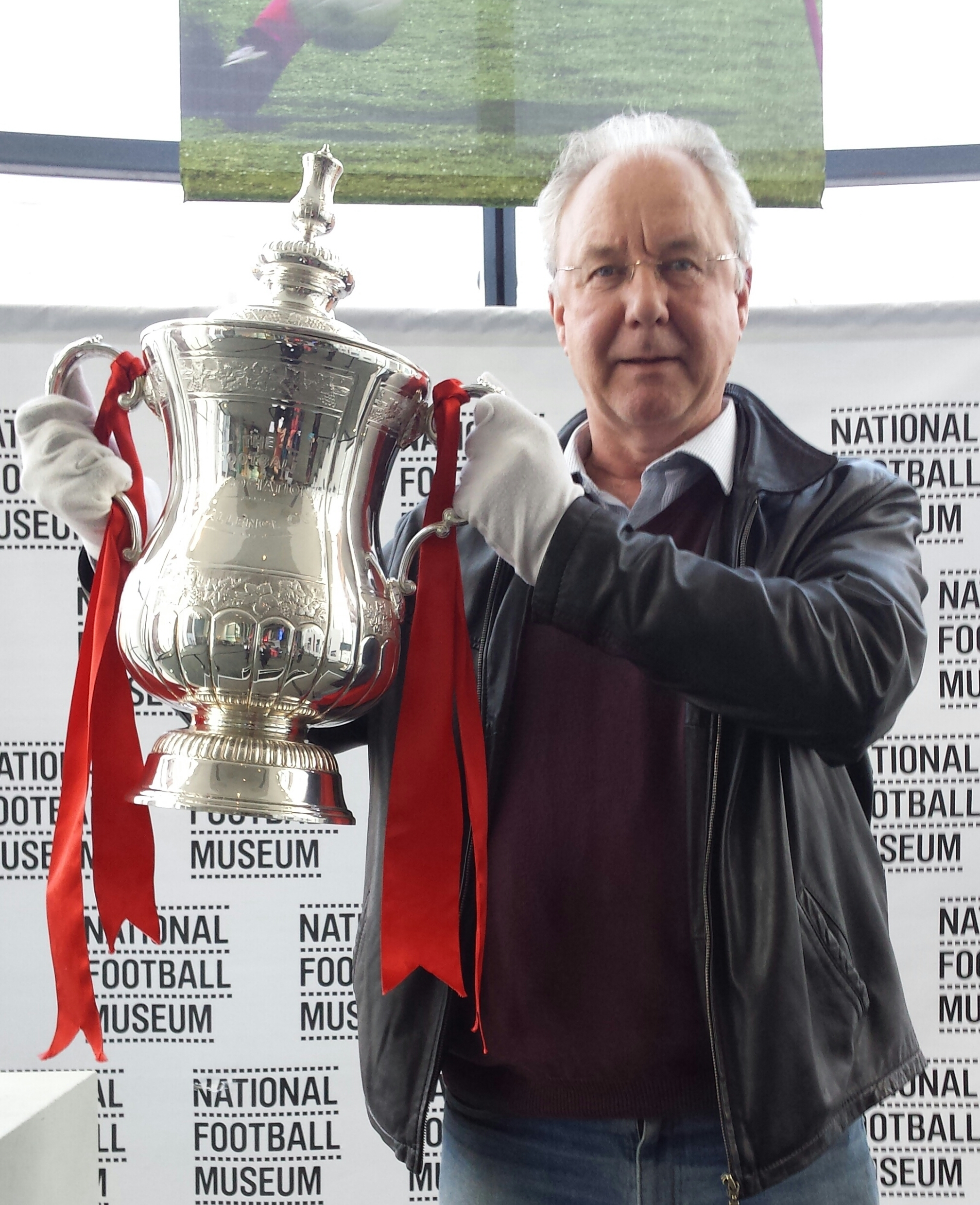FA CUP WITH ME