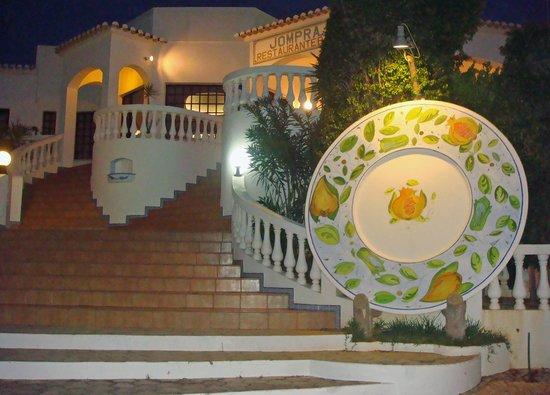 jompra-restaurant (1)