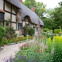Anne Hathaway`s Cottage