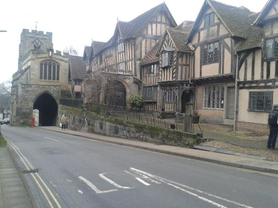 lord-leycester-hospital