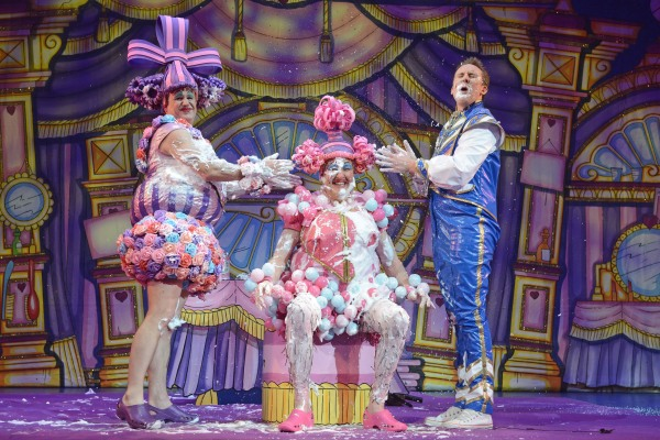 Greg Powrie, Iain Lauchlan and Craig Hollingsworth in Cinderella - Credit Robert Day (2)