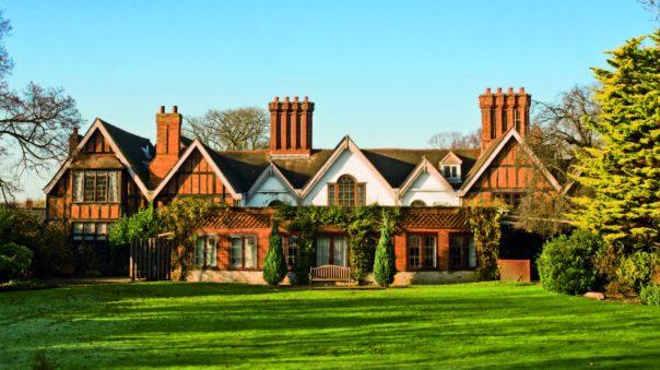 Alveston-Manor-Exterior
