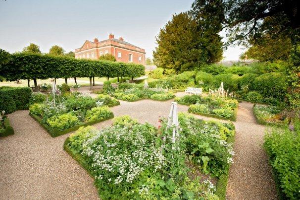 gardens kelmarsh