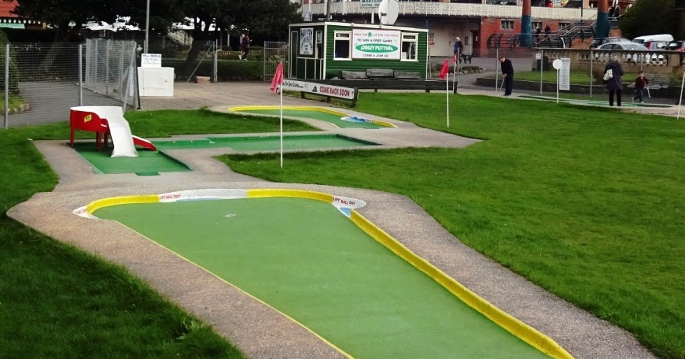 The Ham and Egger Files: The Masters Putting Green Crazy Golf course in  Southport